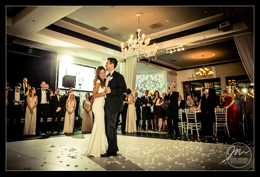 The first dance at Vie by Cescaphe. Philadelphia wedding pictures by top Philly wedding photographer Josh Wong Photography
