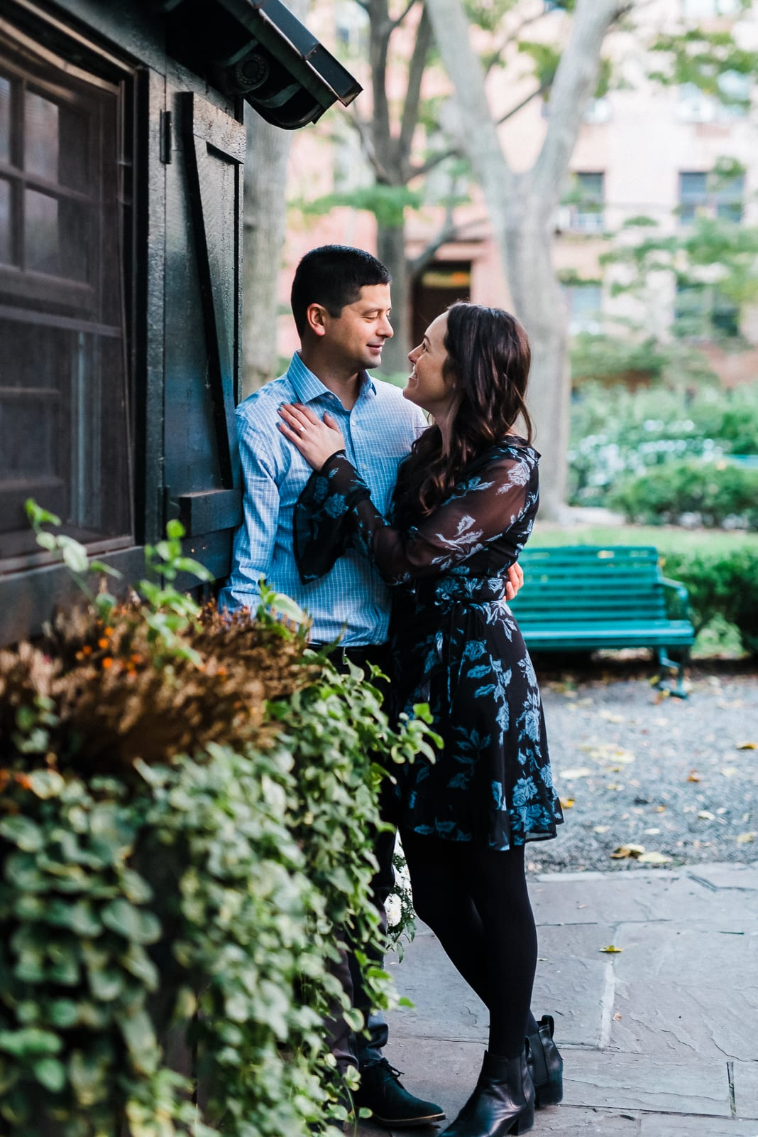 Gramercy Park Engagement Photos | NYC Engagement | Josie V Photography
