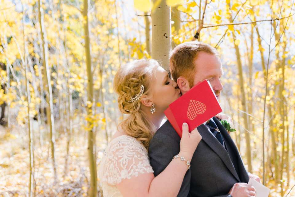 First Look Ideas for Wedding in the Colorado Fall | Josie V Photography