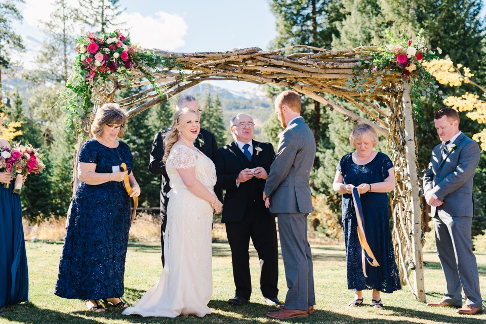 Family members involved in the Colorado Wedding Ceremony | Josie V Photography