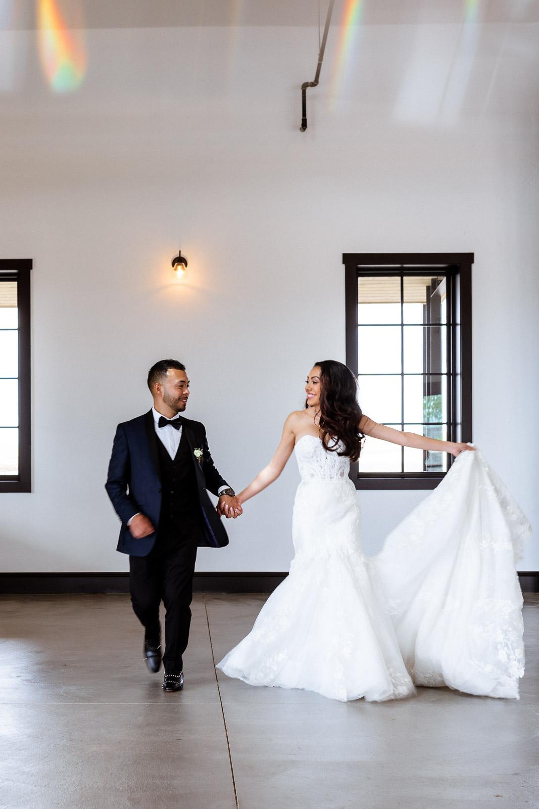 Glamorous Indoor Wedding | Josie V Photography