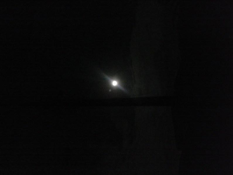 Sonhar na luz do luar.