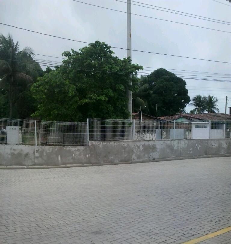 Avenida Santa Bárbara, por trás do Mangabeira Shopping.