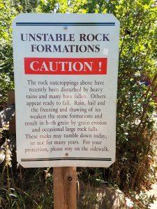 Caution, unstable rocks