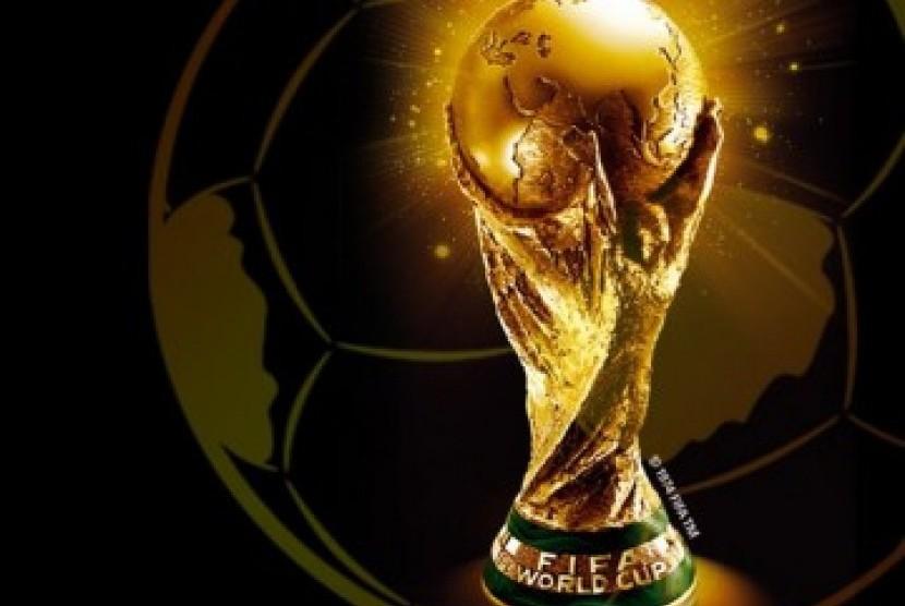Jenis Piala Olahraga Sepak Bola