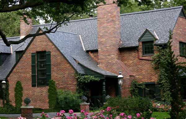 Крыши коттеджей – 100 фото лучших строительных решений ...