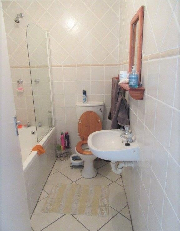 Best 2 Bedroom Flat To Rent In Old Paarl Mews Oakdale – 4 Ever With Pictures