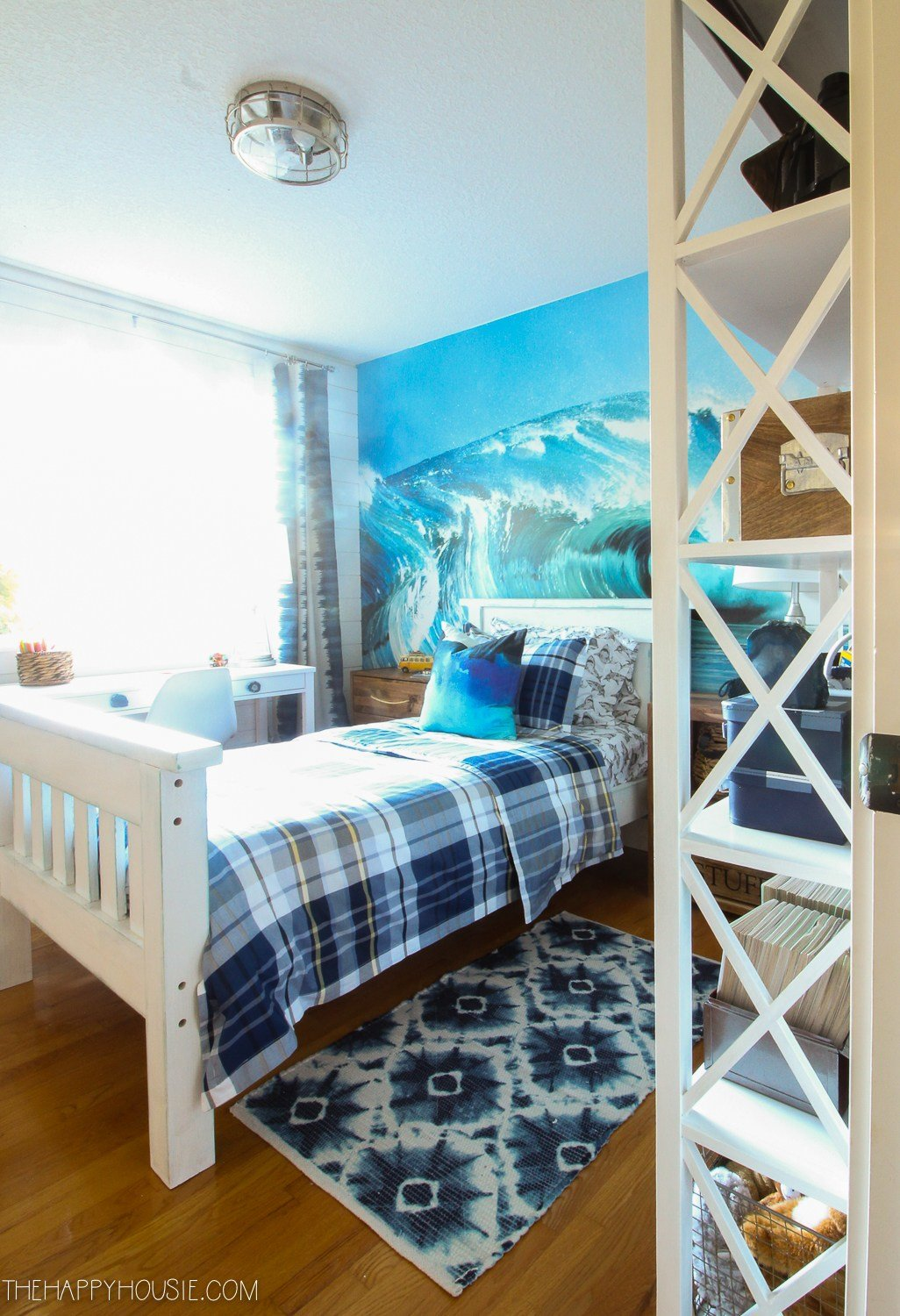 Best Surf Style Beachy Bedroom Makeover Reveal The Happy Housie With Pictures