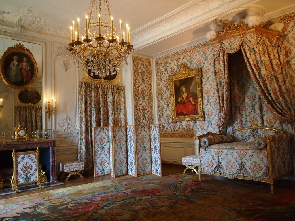 Best In The Bedroom Of A Princess Versailles Gossip With Pictures