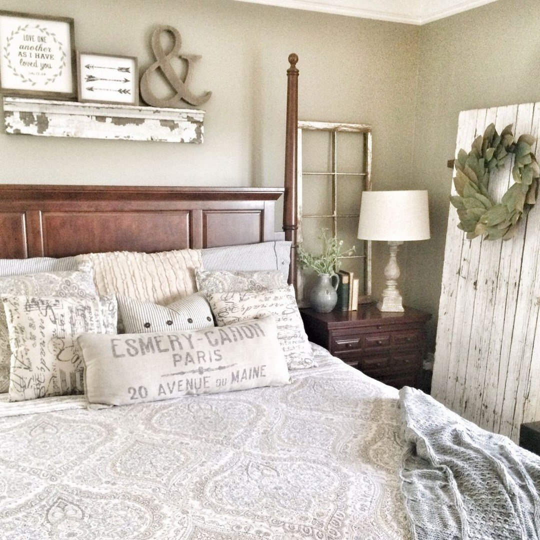 Best 52 Rustic Farmhouse Bedroom Decorating Ideas To Transform With Pictures