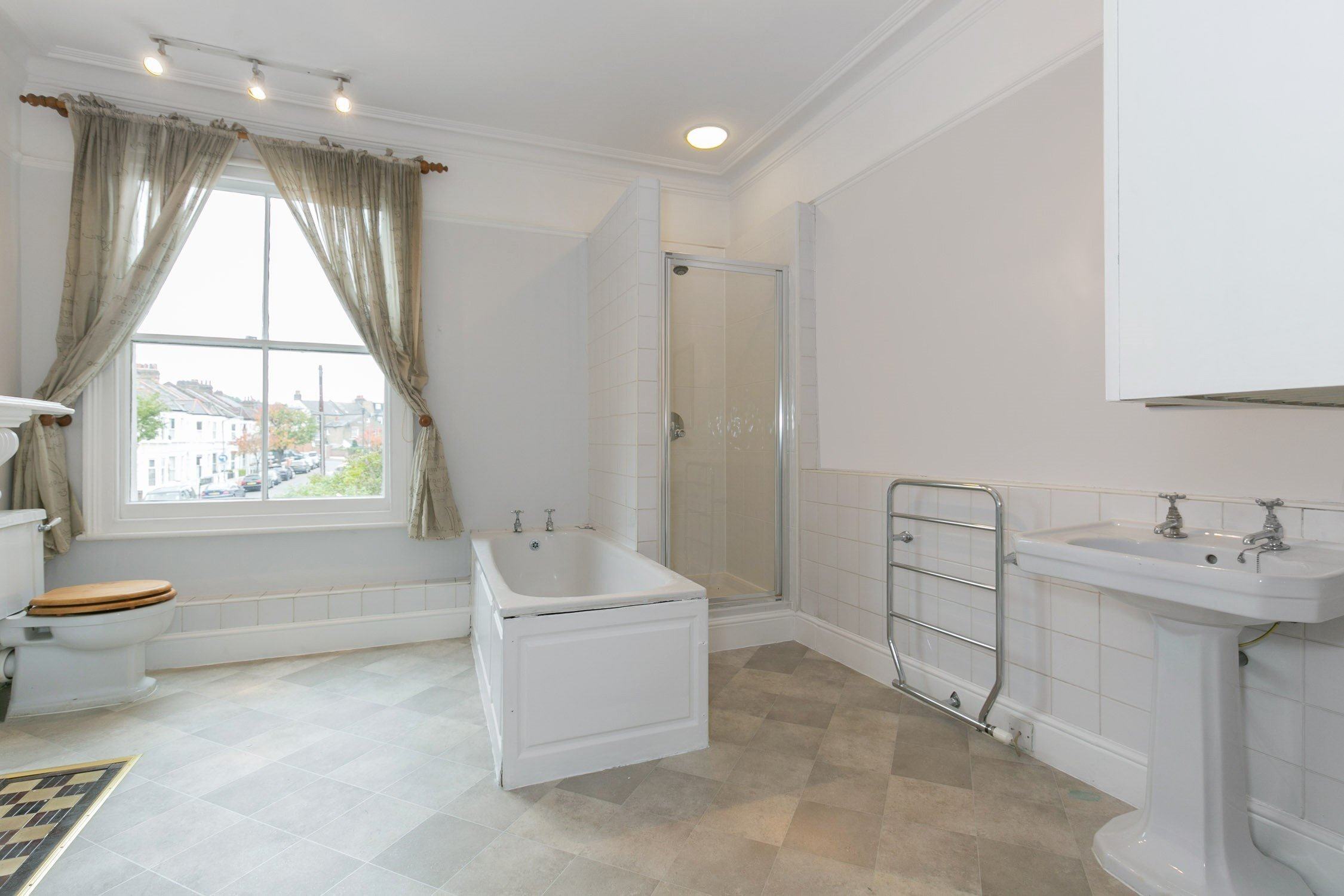 Best Portico 5 Bedroom House Recently Let In Balham Sainfoin With Pictures