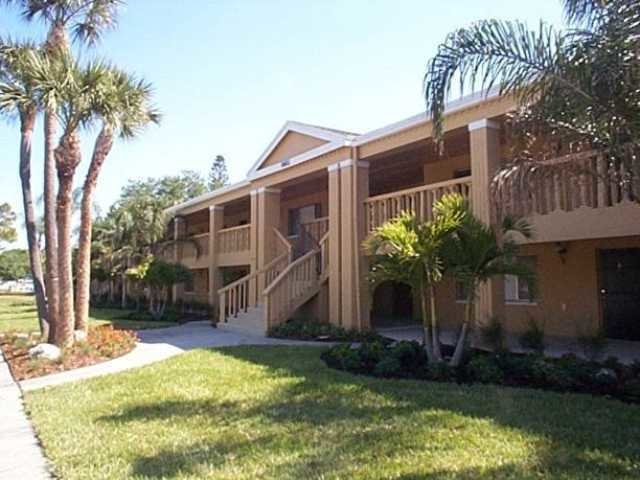 Best Romayne Apartments St Petersburg 8601 Dr Mlk Jr Street North St Petersburg S 33702 With Pictures