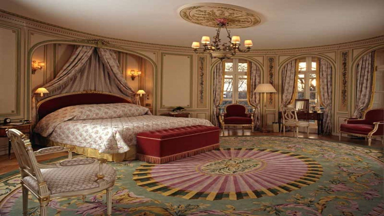 Best How Many Bedrooms Are In Buckingham Palace Www With Pictures