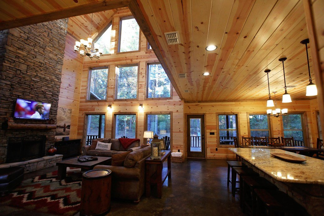 Best Hog Heaven Cabin Broken Bow Ok Blue B**V*R Cabins With Pictures