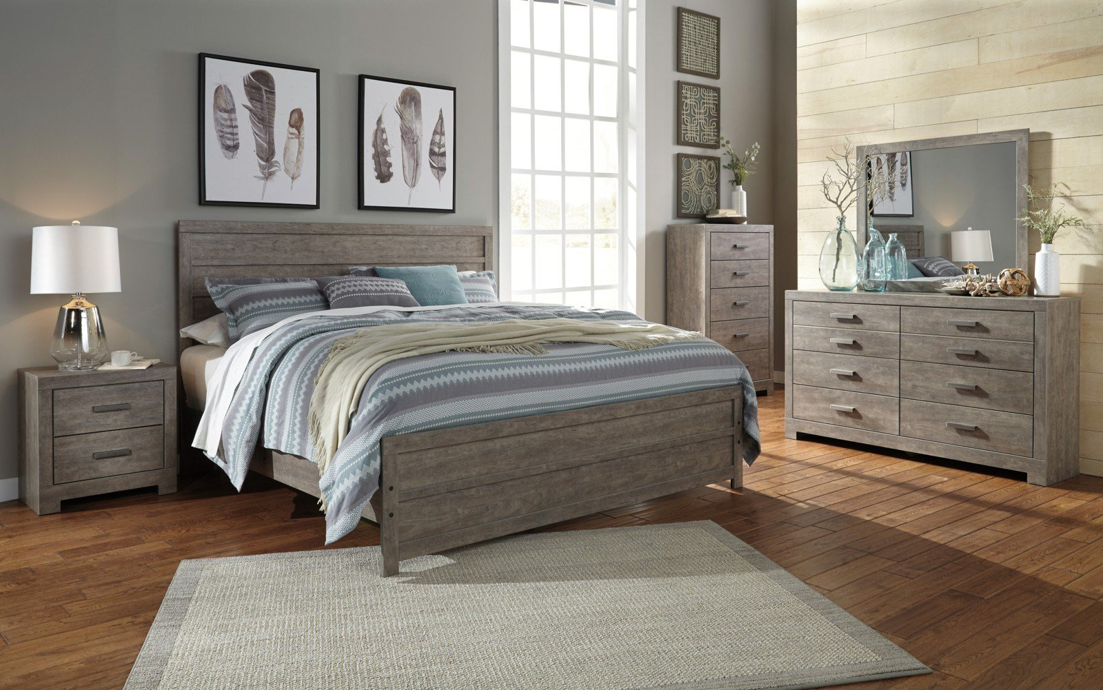 Best Culverbach 5Pc Panel Bedroom Set In Gray With Pictures