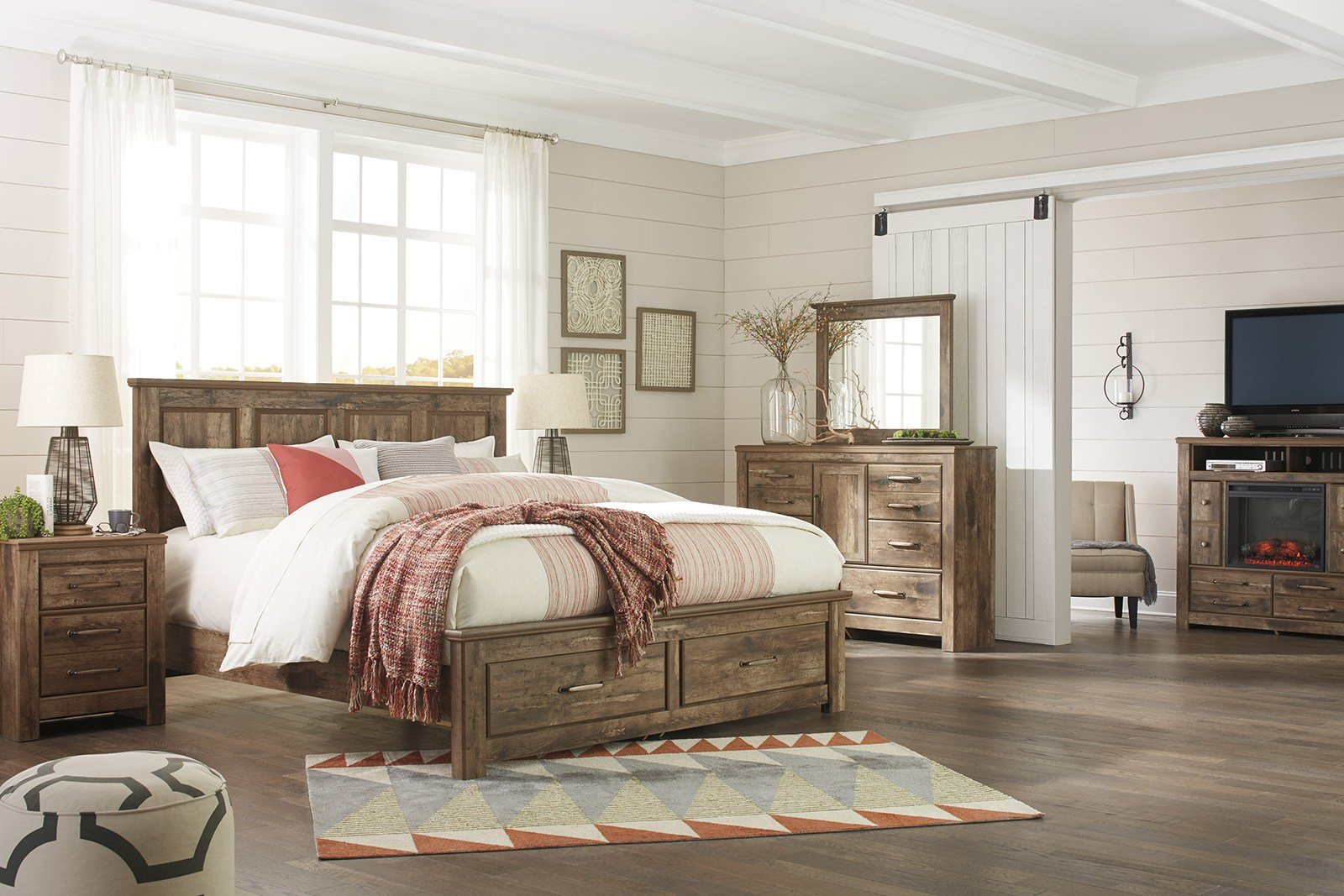 Best Blaneville 4 Piece Storage Bedroom Set In Aged Brown With Pictures
