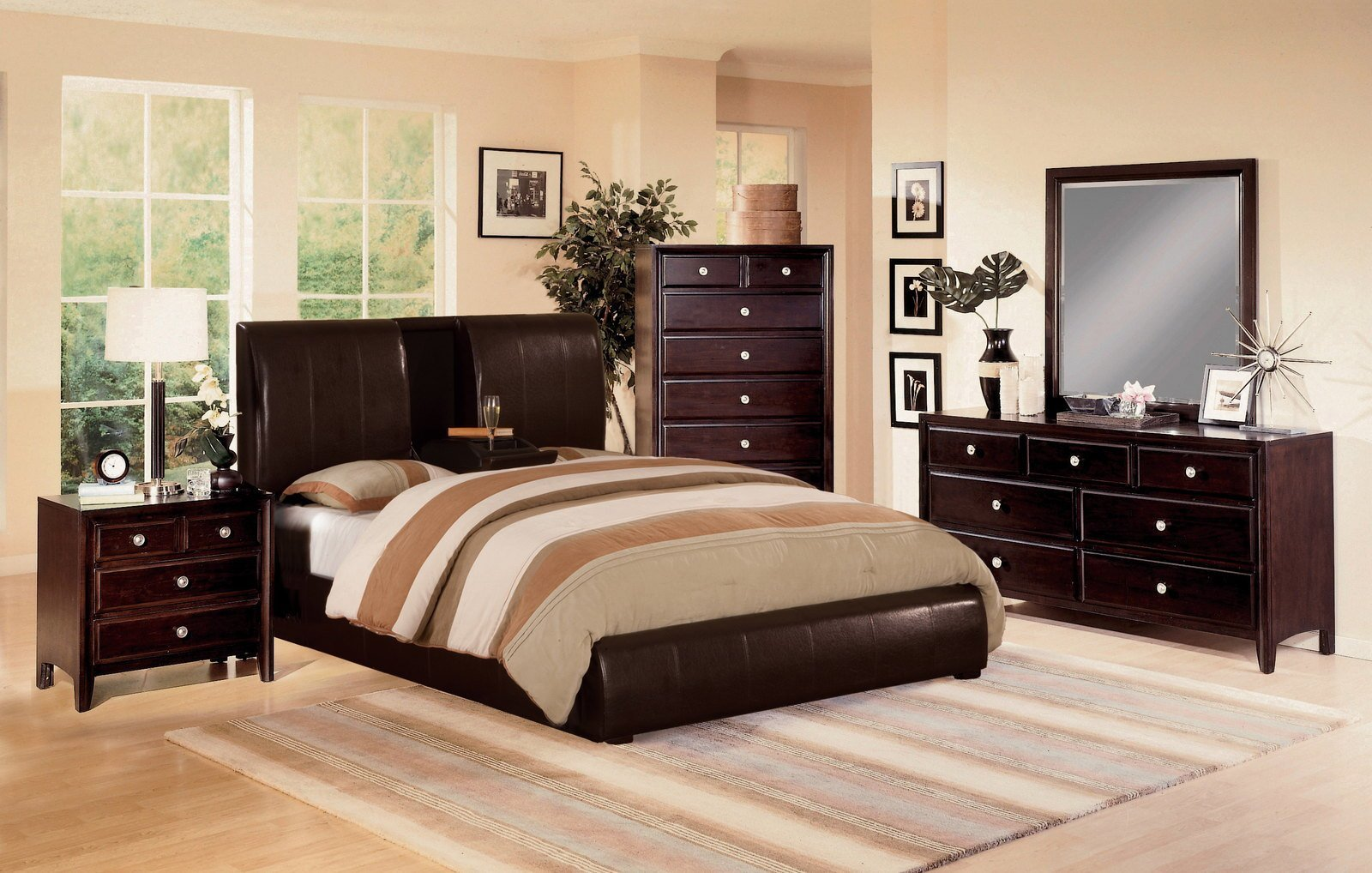 Best Crown Mark Furniture Flynn Lawson 5 Piece Panel Bedroom With Pictures