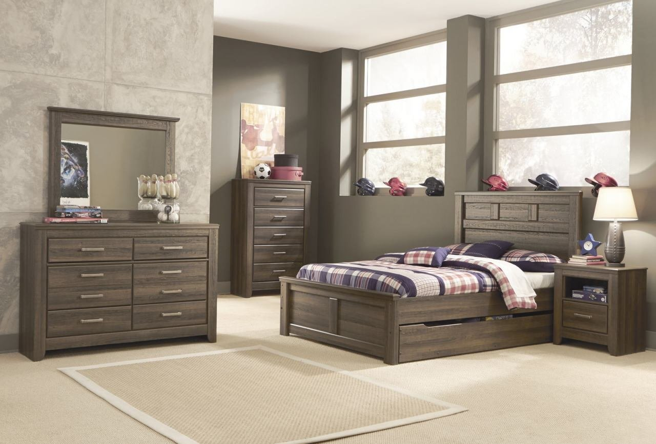 Best Ashley Juararo Panel Bedroom 5Pc Set With Under Bed With Pictures
