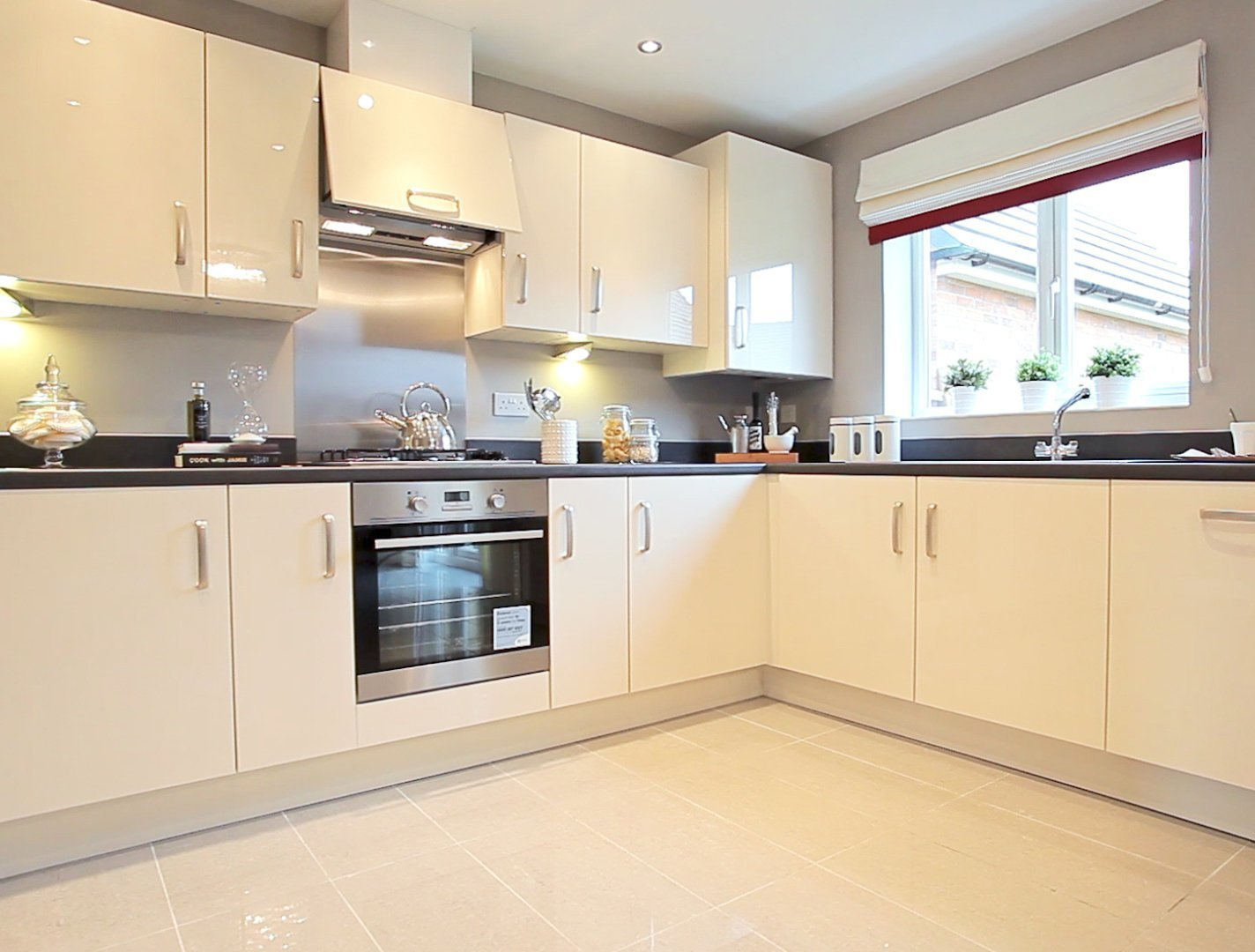 Best 2 Bedroom End Terrace House For Sale In Reading Berkshire With Pictures