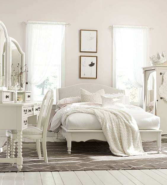 Best 54 Amazing All White Bedroom Ideas The Sleep Judge With Pictures