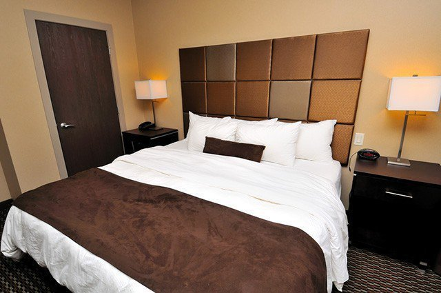 Best The Best Bedroom Colors For Men The Sleep Judge With Pictures