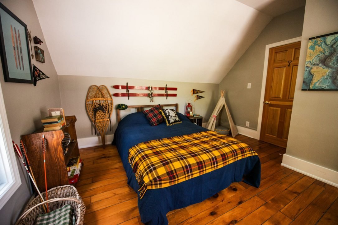 Best Not Quite A Budapest Hotel This Airbnb Features Rooms With Pictures