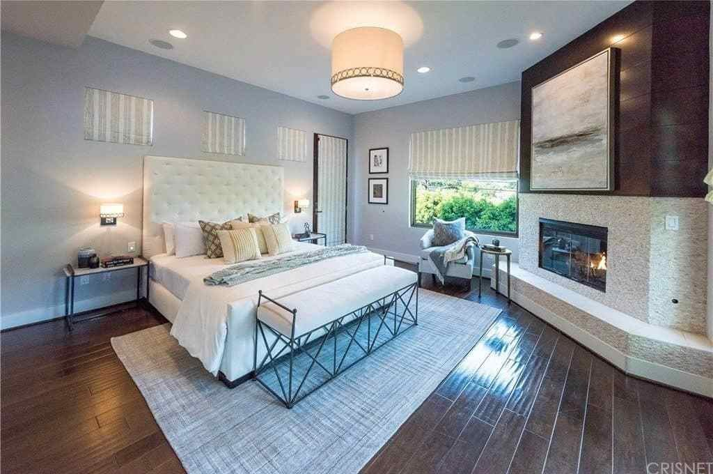 Best 25 Master Bedrooms With Flush Semi Flush Mount Ceiling Lights Photos Home Stratosphere With Pictures