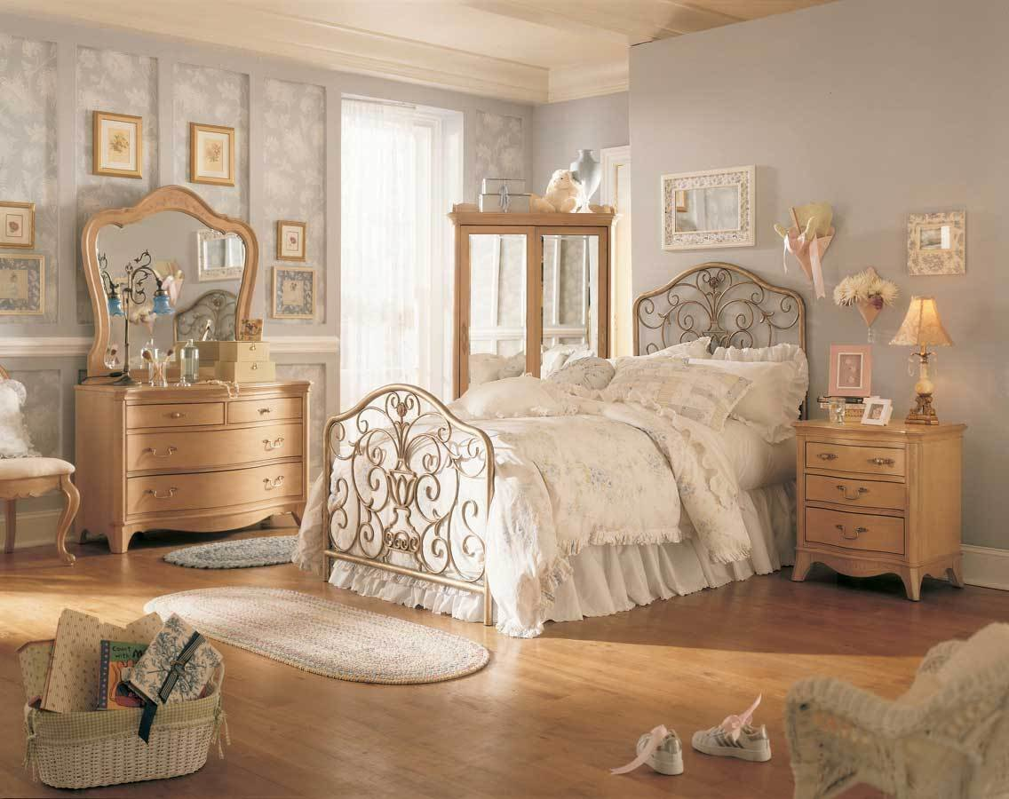 Best Lea Jessica Mcclintock Vintage Metal Bed Bedroom With Pictures