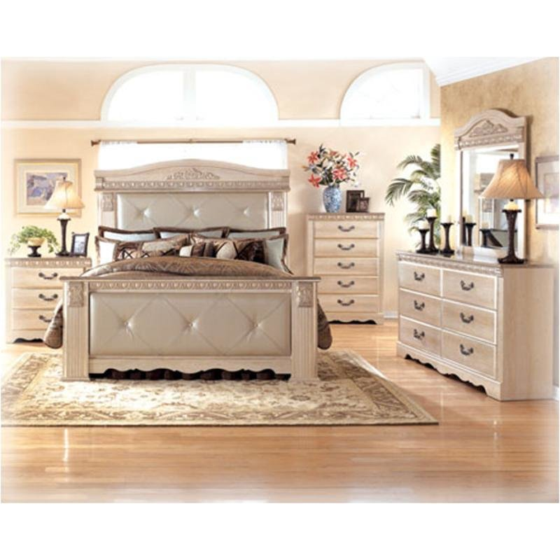Best B174 58 Ashley Furniture Silverglade King Upholstered Mansion Bed With Pictures