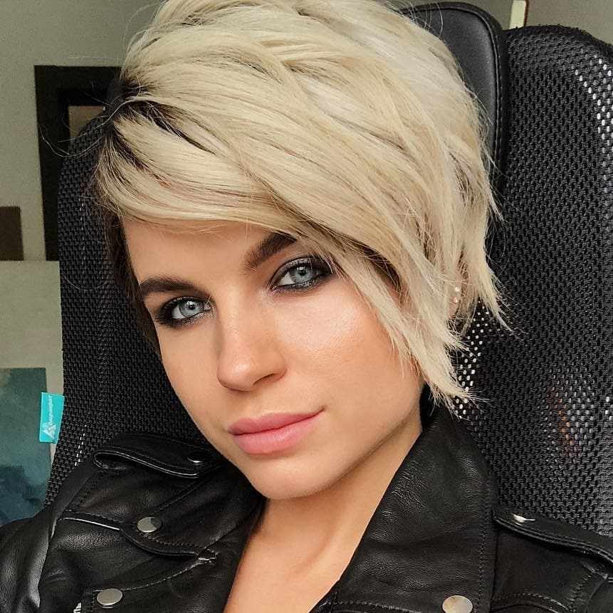 Free 30 Latest Short Hairstyles For Women 2019 » Hairstyle Samples Wallpaper