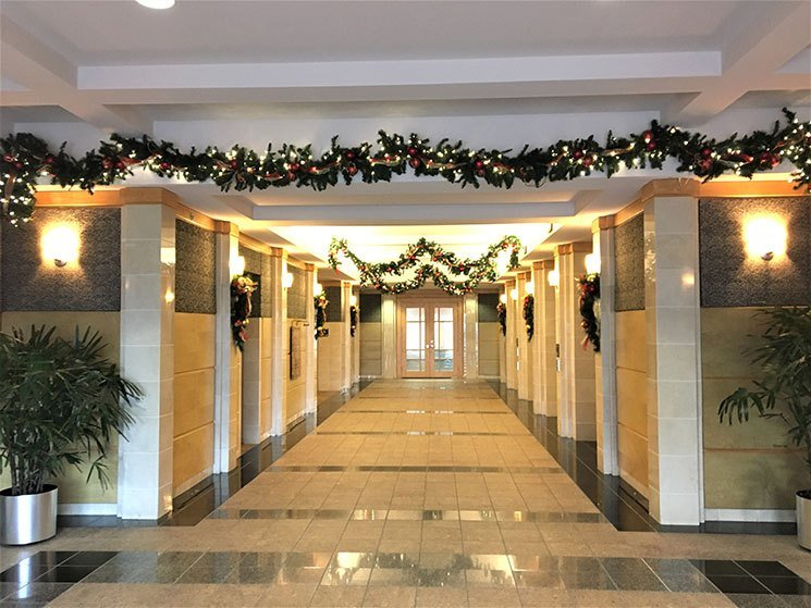 Best Christmas Decorations For Office Lobby Www Indiepedia Org With Pictures