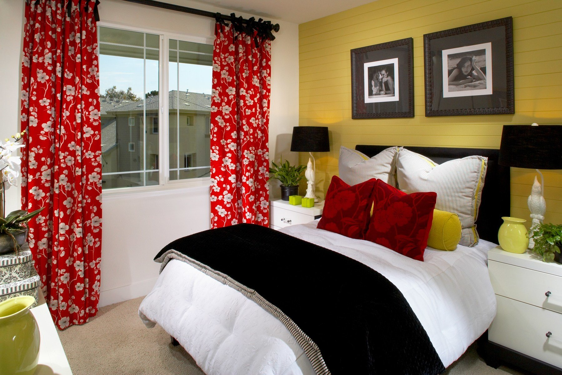 Best Red Black And Gold Bedroom Ideas Khabars Net Khabars Net With Pictures