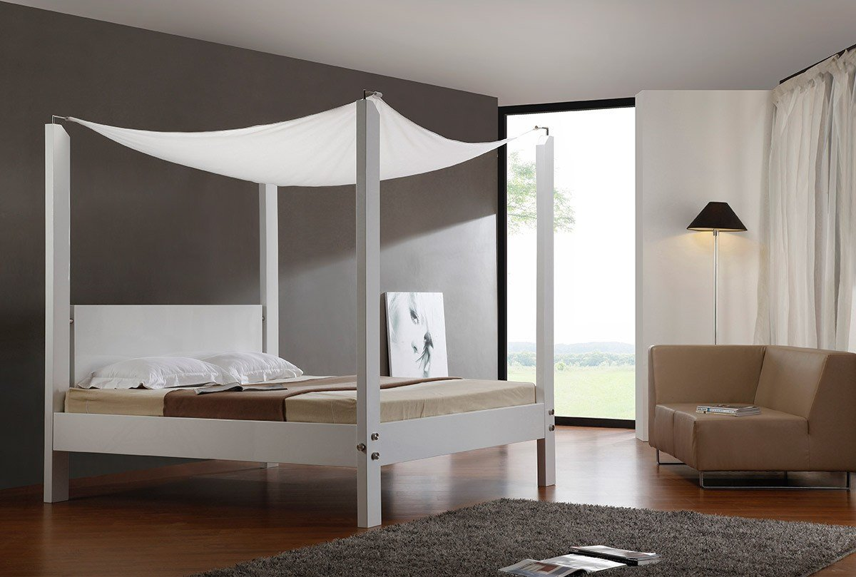 Best Lias Modern Canopy Bed With Pictures