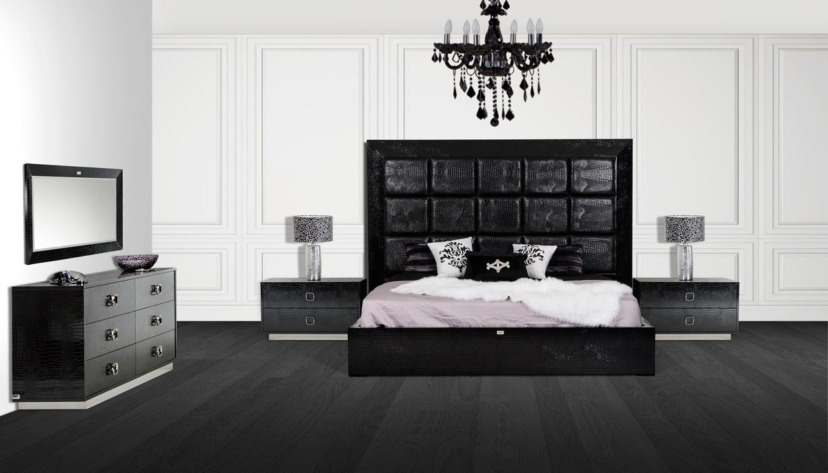 Best A X Victoria Modern Black Crocodile Bedroom Set With Pictures