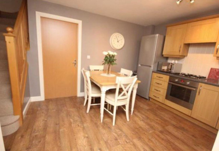 Best 4 Bed House Town House To Rent Valley Mill Lane Bury With Pictures