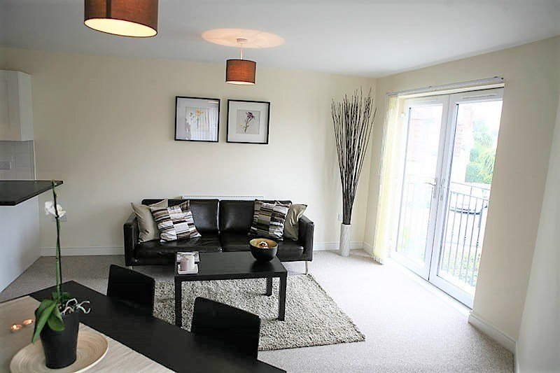 Best 2 Bed Flat To Rent Elliman Avenue Slough Sl2 5Fg With Pictures
