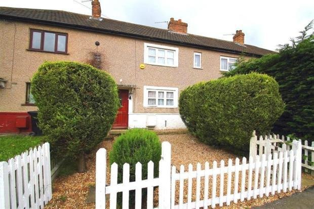 Best 2 Bed House Terraced To Rent Mead Avenue Slough Sl3 8Ht With Pictures