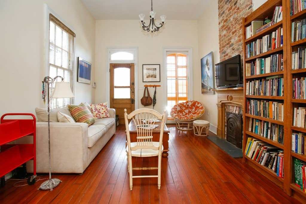 Best Cozy One Bedroom Nola Apartment Bungalows For Rent In With Pictures