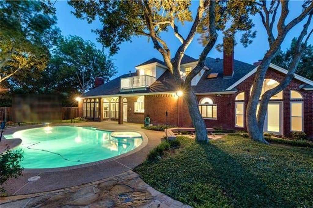 Best Relaxing Pool Home Central To Dallas Ft Worth Houses With Pictures