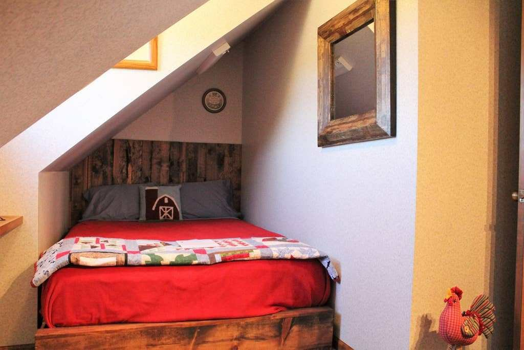 Best Tandem Inn Barn Room Bed Breakfasts For Rent In South With Pictures