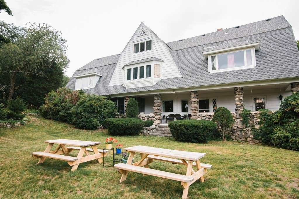 Best 11 Bedrooms 1400 00 A Night 25 Guests Houses For Rent In Peabody Massachusetts United States With Pictures