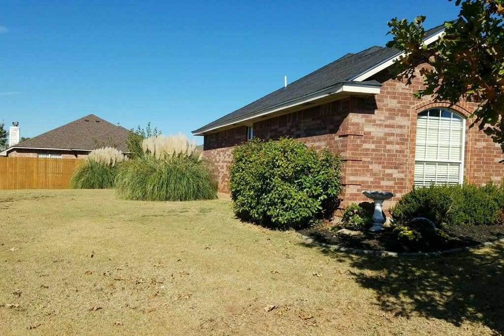 Best Cozy 3 Bedroom 2 Bathroom Home In Sw Okc Moore Houses For Rent In Oklahoma City Oklahoma With Pictures