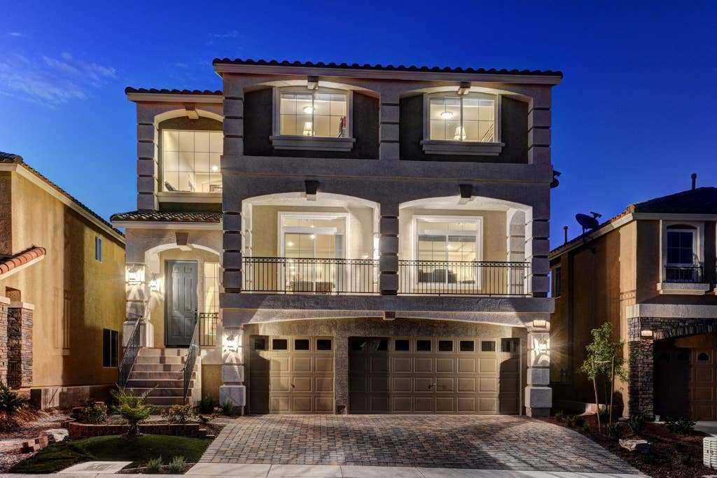 Best Las Vegas Luxury Home By Str*P 5 Bedrooms Pool Houses For Rent In Las Vegas Nevada With Pictures
