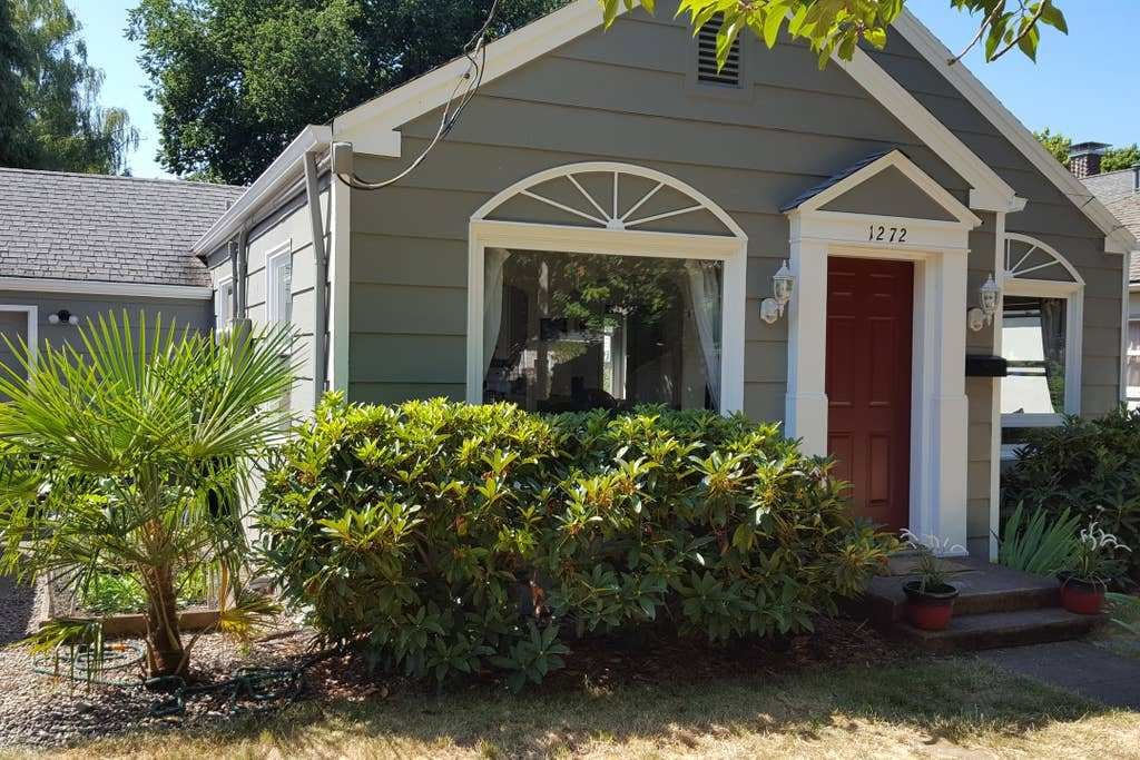 Best Beautiful Home In Edgewater District Of Salem Or Houses With Pictures