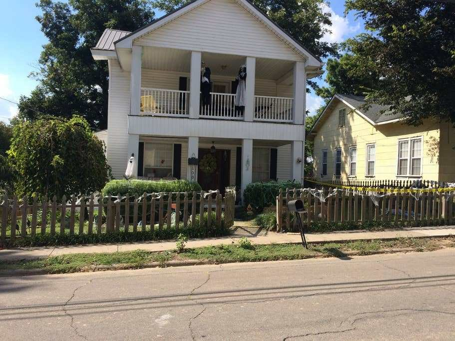 Best Large Victorian 4 Bedroom 2 Bath House Houses For Rent With Pictures