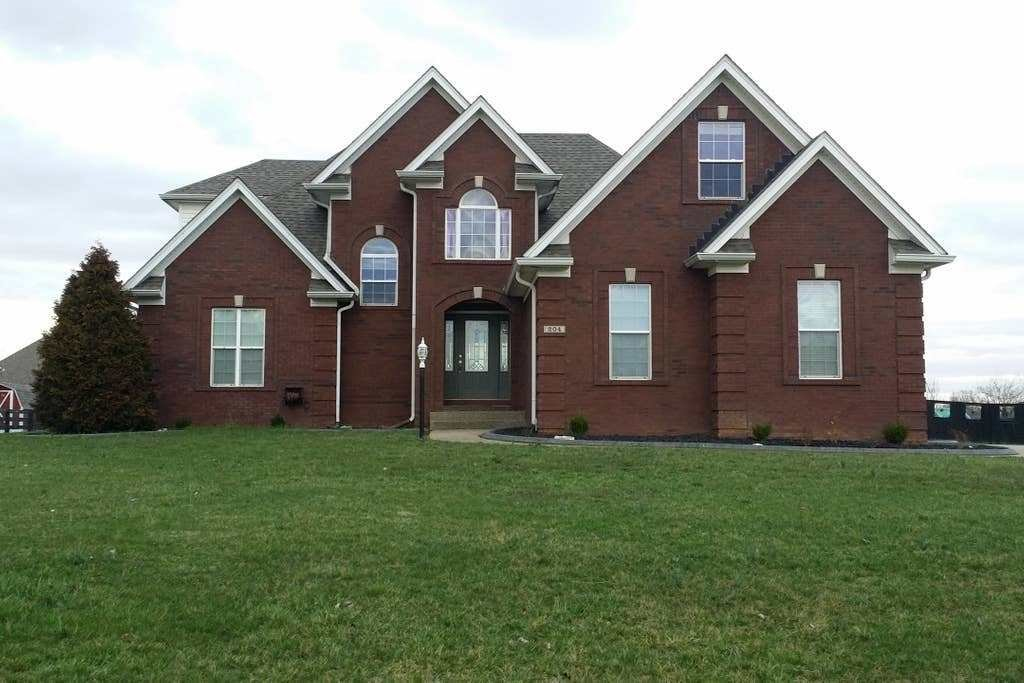 Best Your Kentucky Derby Week Home Houses For Rent In With Pictures