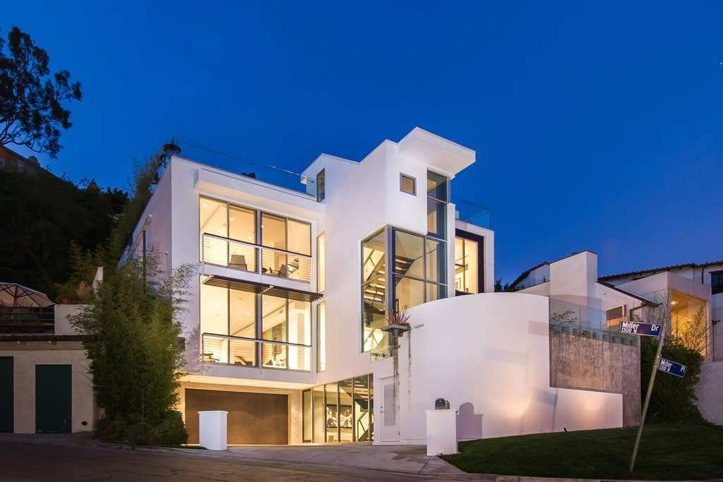 Best Modern Hollywood Hills Mansion With City Views Houses With Pictures