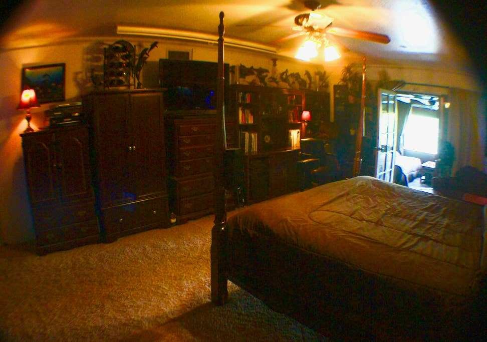 Best Large Master Bedroom With A Cabana Style Bedroom Houses With Pictures