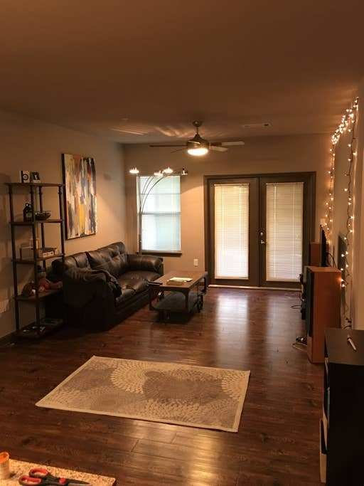 Best Modern Apartment Easy Access To Ole Miss Square With Pictures