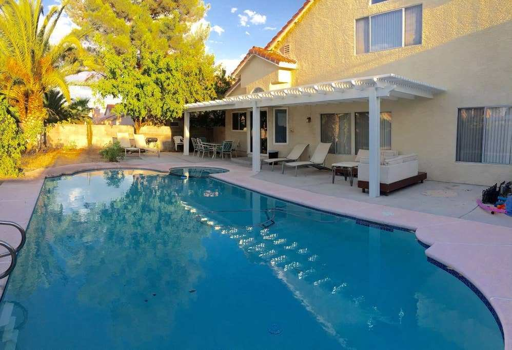 Best 4 Bd House Near Str*P With Pool Houses For Rent In Las Vegas Nevada United States With Pictures